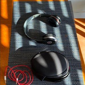 Beat head phones plug in !
